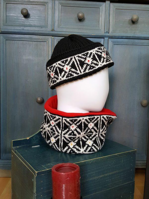 handknit skiing cap and collar