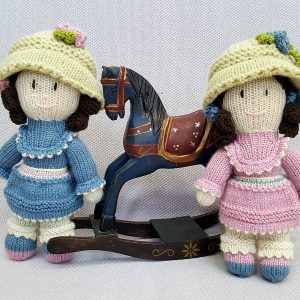Small Knitted Dolls