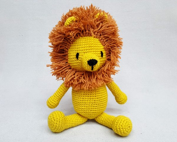 crochet lion toy
