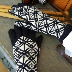 abstract pattern winter gloves