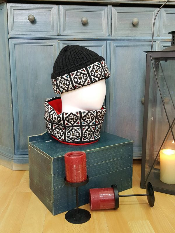 traditional pattern winter shawl