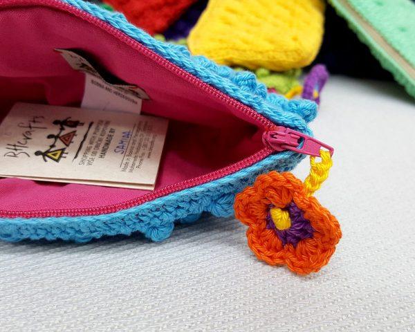 Crochet vanity bag