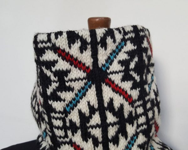 traditional pattern knit winter scarf