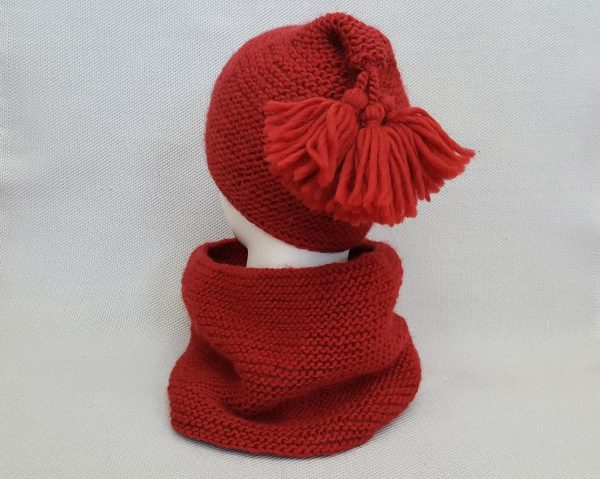 red knit cap and scarf