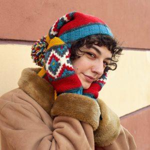 knit winter mittens